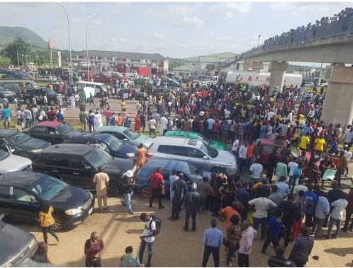 ENDSARS protesters block major entry points into Abuja